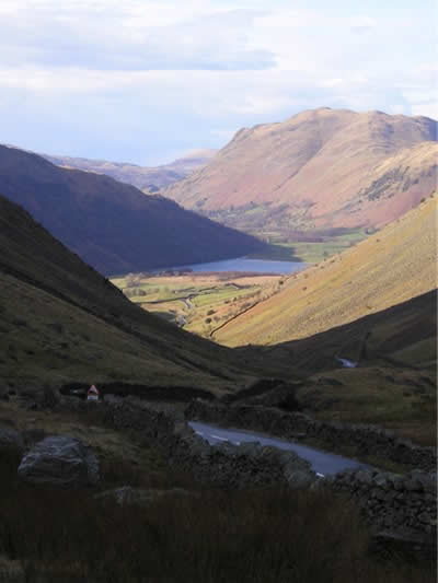 Brotherswater from Kirkstone Photo (C) Helen Griffiths - Willow Cottage