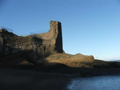 St Andrews Castle, Fife (c) Rob Shephard 2007