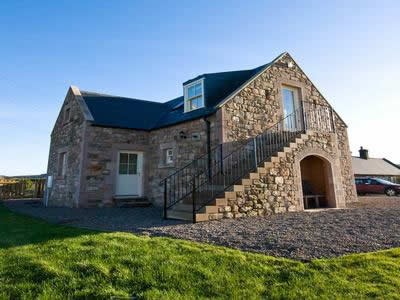 Topsy Turvy Pet Friendly Northumberland Cottage