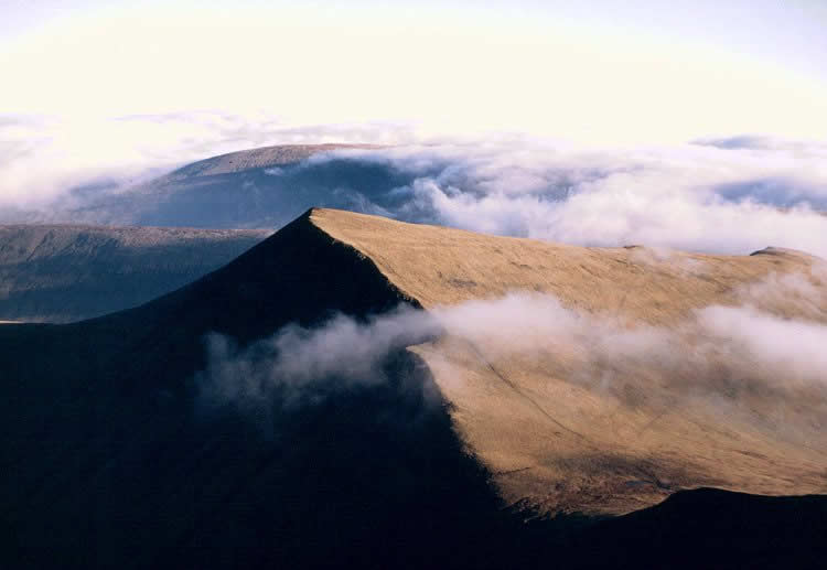 Brecon Beacons from Pen-Y-Fan (c) Adrian Pingstone