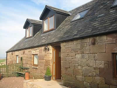 Cove Stables Luxury Cottages by the Beach in Scotland