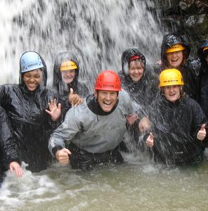 ADVENTURE HOLIDAYS FOR FRIENDS & GROUPS IN THE BRECON BEACONS NATIONAL PARK MID WALES, Brecon holiday cottage