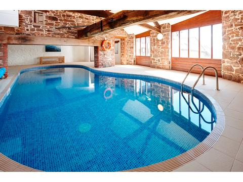 Newhouse farm cottages 4 star pet friendly self catering - Pet friendly cottages with swimming pool ...