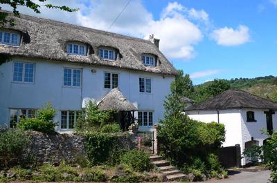 Coombe Farm House Self Catering Cottage Devon