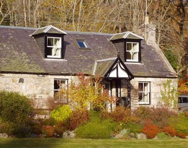3 Knocks Cottages Cairngorms, Ballater