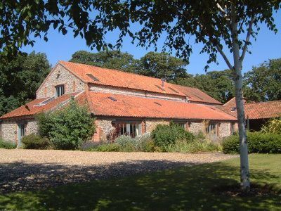 Morston Barn Large Self Catering Holiday Cottage In Norfolk England