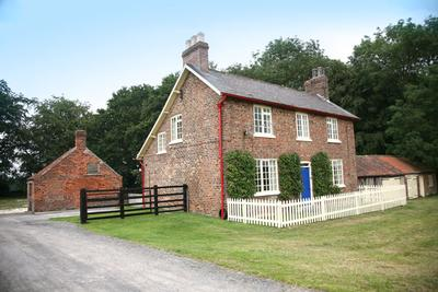 Holme Wold Farm Self Catering Holiday Cottage in Yorkshire