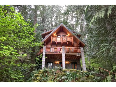Mt baker lodging self catering cabins and condos for Mount baker cabins