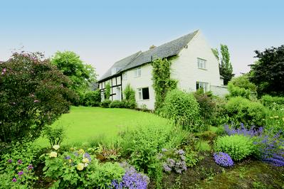 Little Cowarne Court large Self catering Cottage Herefordshire