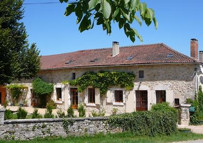 La Figuier Large Self catering Cottage with Pool Dordogne