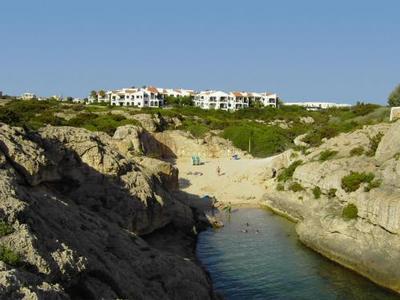 Self catering accommodation in menorca minorca spain book online - Apartamentos pueblo menorquin ...