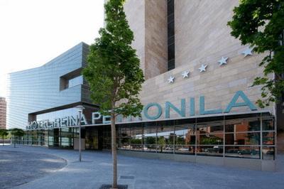 Luxury hotel and spa reina petronila murcia costa calida for Luxury hotel zaragoza