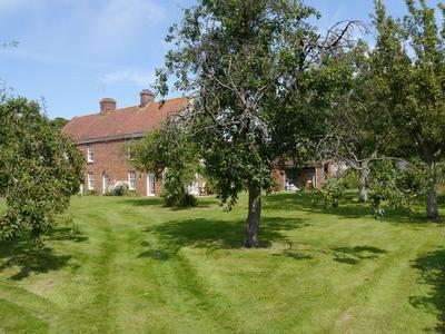 No 2 Dix Cottages Luxury Self Catering North Norfolk Coast