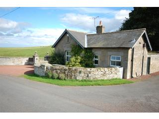The Gatehouse Self Catering Northumberland, near ALNWICK holiday cottage