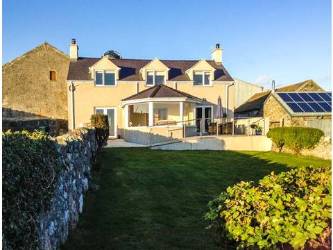 Pet Dog Friendly Holiday Accommodation In The North Wales Coast Wal