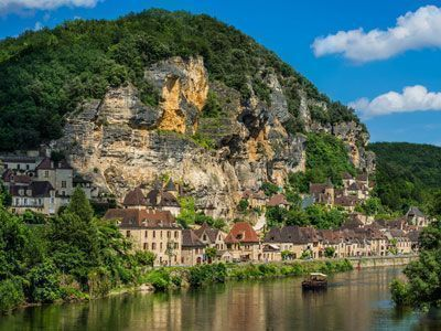 Holiday Homes & Villas for Equestrians in France