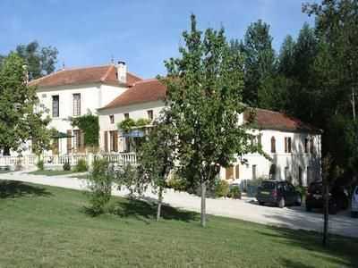Le Chai Holiday Cottage Gite With Pool West France Holiday Cottage C
