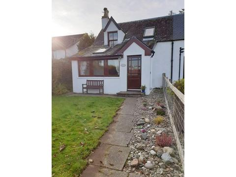 Pet & Dog Friendly Holiday Cottages in Skye and Lochalsh, Scotland - B